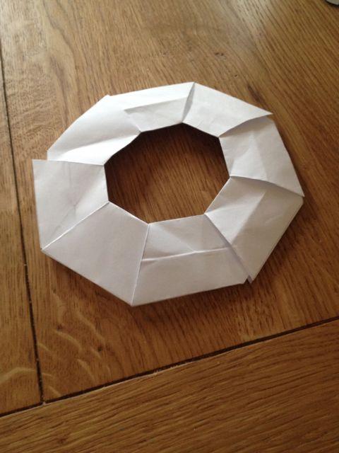 Papierfrisbee