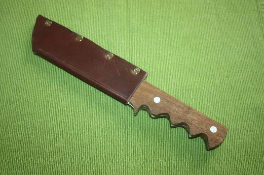 Messer mit Hülle