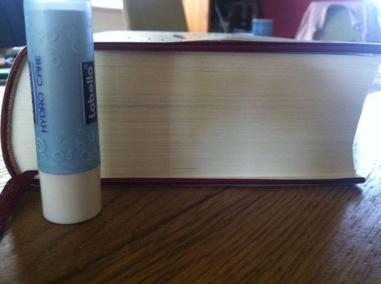 ein dickes Buch